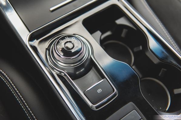 2019 Ford Edge ST-16