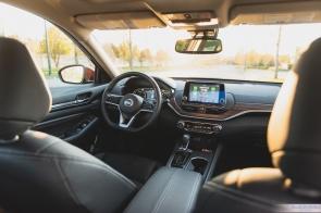 2019 Nissan Altima-9