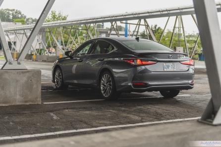 2019 Lexus ES300h-1-3