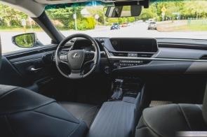 2019 Lexus ES300h-10-2