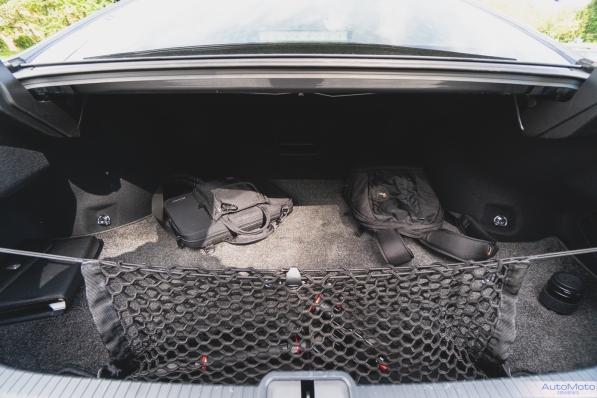 2019 Lexus ES300h-11