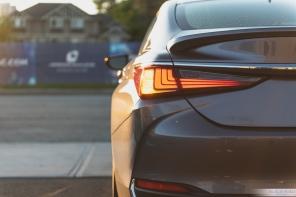 2019 Lexus ES300h-5