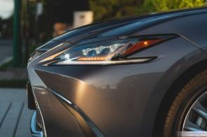 2019 Lexus ES300h-7