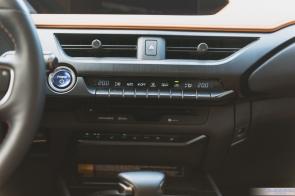 2019 Lexus UX 250h-14
