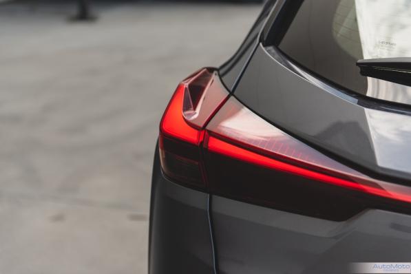 2019 Lexus UX 250h-19