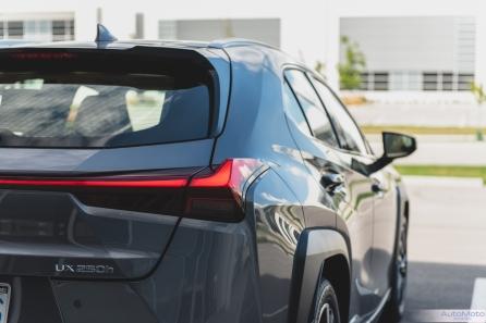 2019 Lexus UX 250h-2