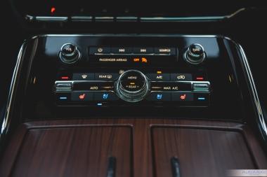 2019 Lincoln Navigator-13