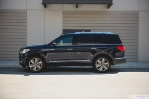 2019 Lincoln Navigator-30