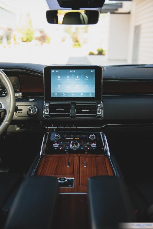 2019 Lincoln Navigator-8