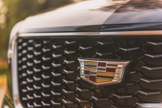 2019 Cadillac XT4-10