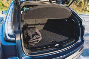 2019 Cadillac XT4-17