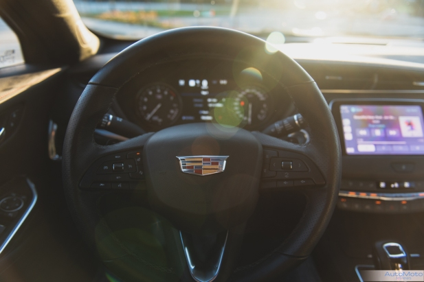2019 Cadillac XT4-24