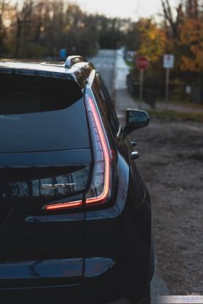 2019 Cadillac XT4-29