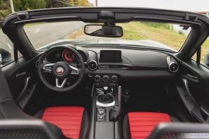 2019 Fiat 124 Spider-18