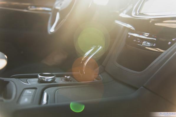 2020 Cadillac xt6-8