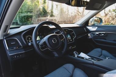 2020 Volvo XC90 T8-10