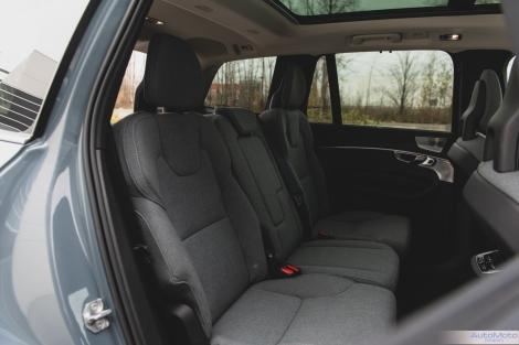 2020 Volvo XC90 T8-26