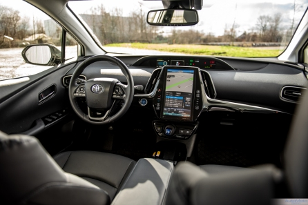 2020 Toyota Prius AWDe-11
