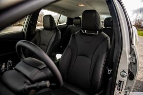 2020 Toyota Prius AWDe-9