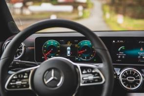 Mercedes Benz CLA 250-3