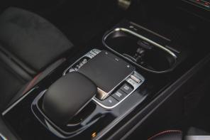 Mercedes Benz CLA 250-9