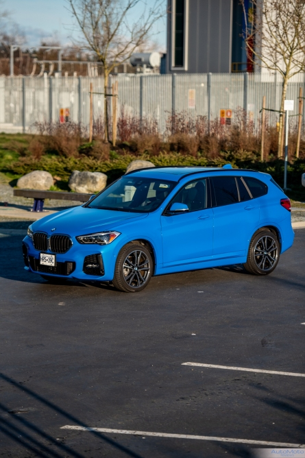 2020 BMW X1-32