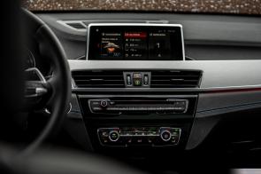 2020 BMW X1-38