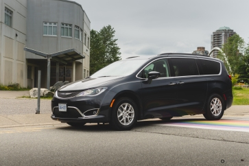 2020 Chrysler Pacifica-1