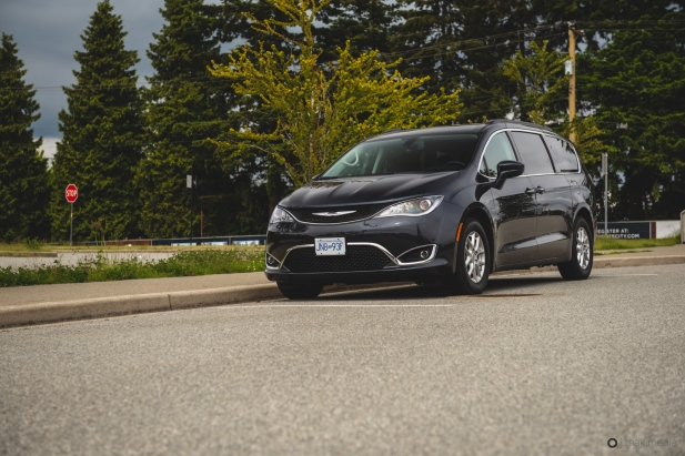 2020 Chrysler Pacifica-20