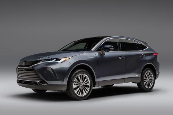 2021-Toyota-Venza_Exterior_002-scaled