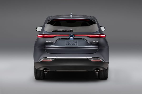 2021-Toyota-Venza_Exterior_005-scaled