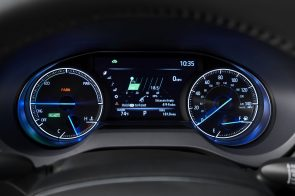 2021-Toyota-Venza_Interior_005-scaled