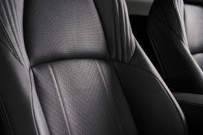 2021-Toyota-Venza_Interior_008-scaled
