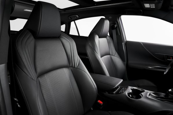 2021-Toyota-Venza_Interior_009-scaled