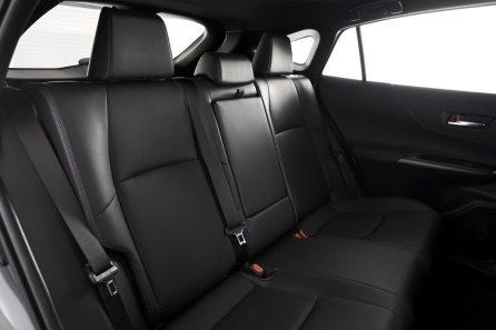 2021-Toyota-Venza_Interior_011-scaled