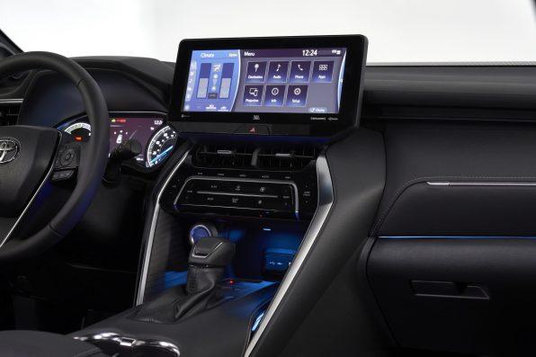 2021-Toyota-Venza_Interior_017-scaled