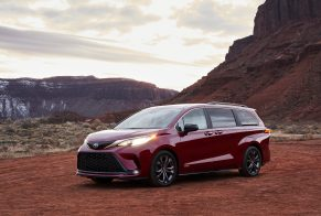 2021_Toyota_Sienna_XSE_06-scaled