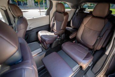 Toyota_2021_Sienna_Platinum_016-scaled