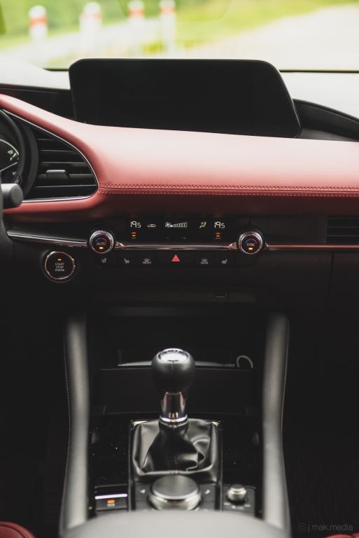 2020 Mazda 3-16